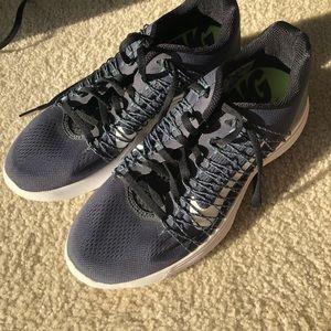 New Nike Lunar Racer 3 Size 8